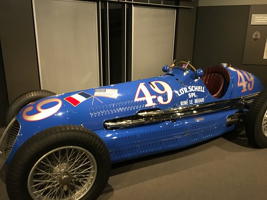 1938 Maserati 8CTF was Italy's challenge to the front runner Mercedes Benz in the Grand Pris.