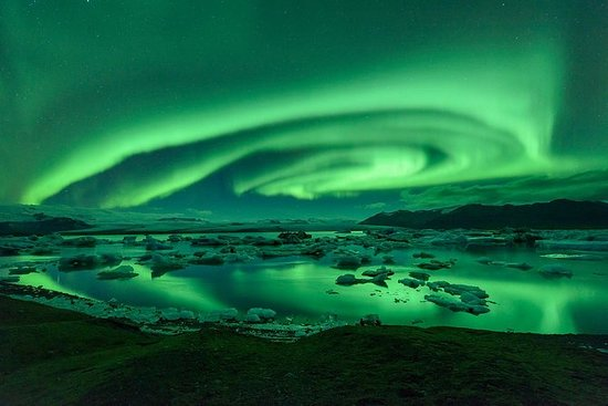 Northern Lights & Jökulsárlón Glacial...