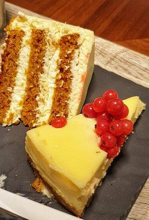 Carrot cake & Cheeescake