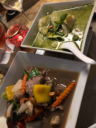 Green Thai Curry & Fillet steak stir fry with cashew nuts