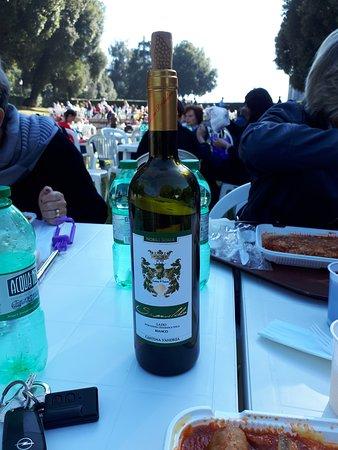 Sambuci, Italy: Vinello da compagnia