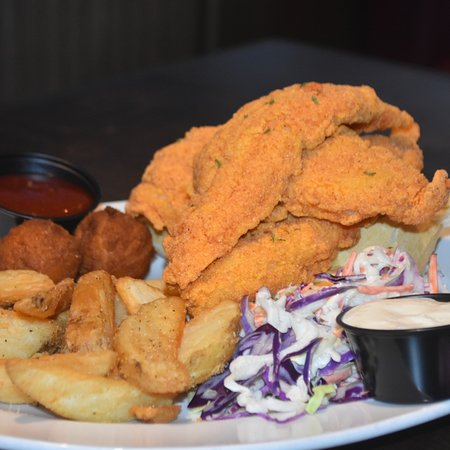 Halls, TN: Calvinjrs Seafood platter