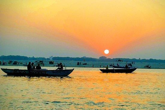 Varanasi Taxi Services