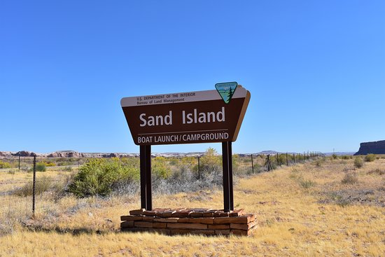 Sand Island Petroglyphs: Sign on Highway