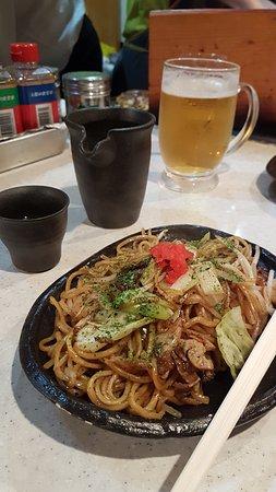 Hanamichi: Yakisoba, Asahi and Sake