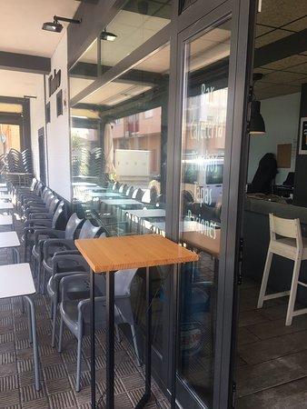 imagen Bar Window en Cortes