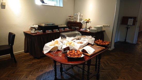 Hierden, Nederland: Ontbijtbuffet