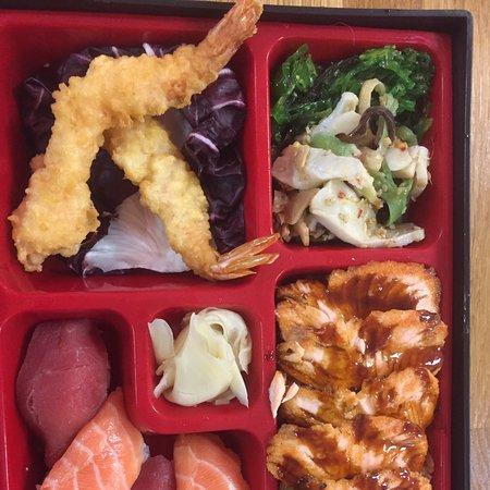 Immer frisch von der Sushi Meisterin