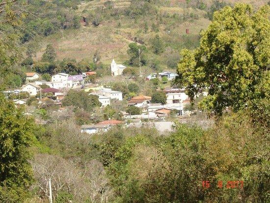 Porto Vera Cruz, RS: Chegando na cidade.