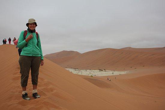 Duin Beklimmen In De Regen En Wind Picture Of Sossusvlei Namib Naukluft Park Tripadvisor