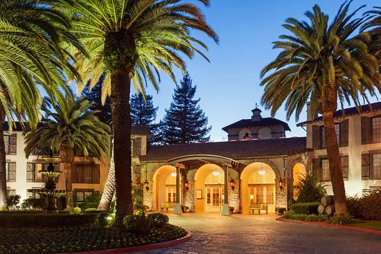 Embassy Suites by Hilton Napa Valley