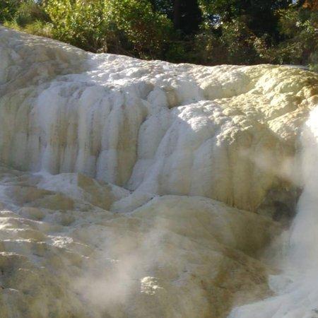 Bagni di San Filippo, Itália: Fosso Bianco, un angolo di natura dove rigenerarsi