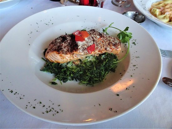 Scott's on 5th: Crispy Salmon with Spinach