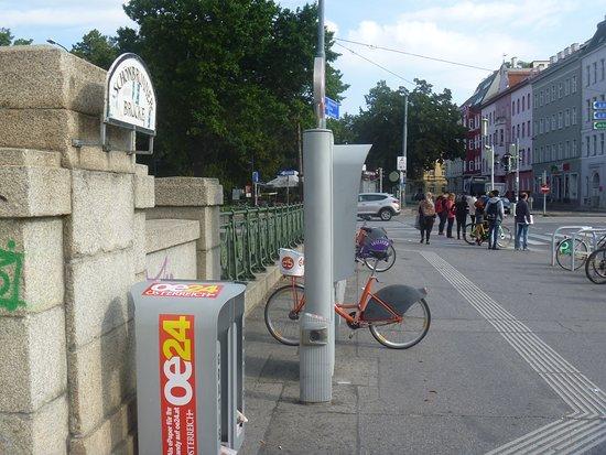 Schonbrunner Brucke