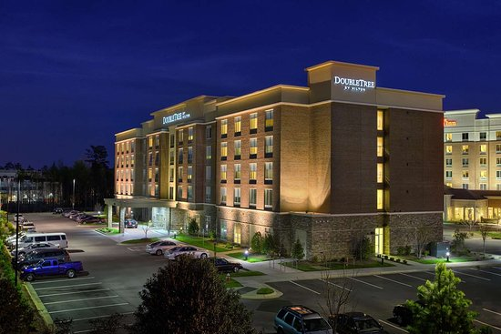 DoubleTree by Hilton Raleigh - Cary, Hotels in Cary