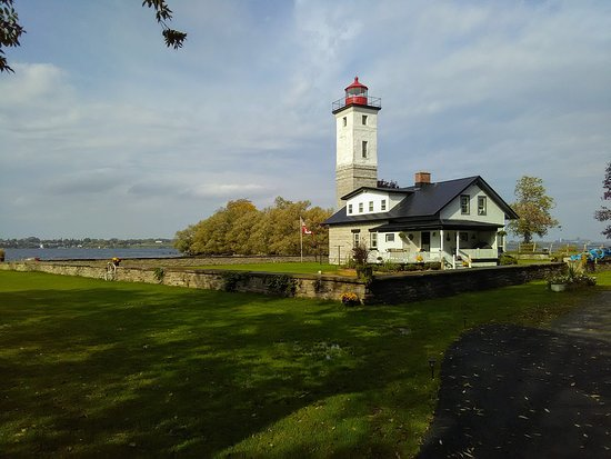 Ogdensburg, État de New York : This photo is the lighthouse at the park.