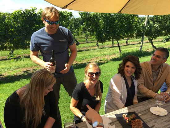 North Fork, État de New York: Taste the wine next to the vines that produced it
