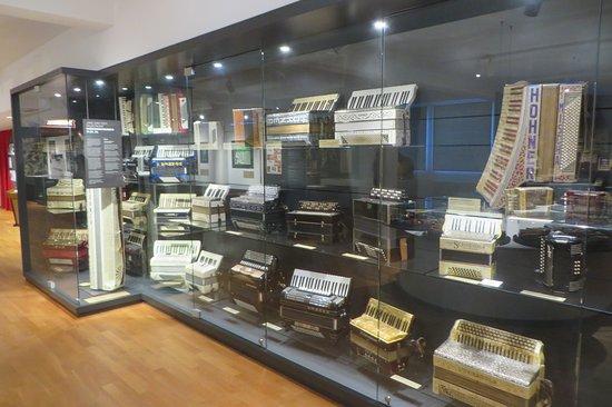 Deutsches Harmonika Museum