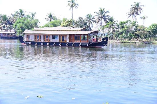 Premium Houseboats – Billede af Angel Blue Houseboats, Alappuzha District - Tripadvisor