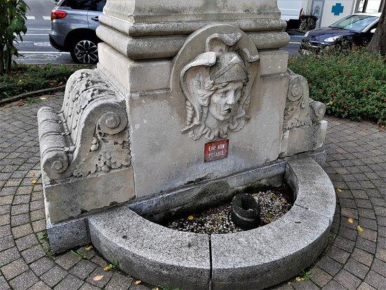 Monument du Sergent Hoff