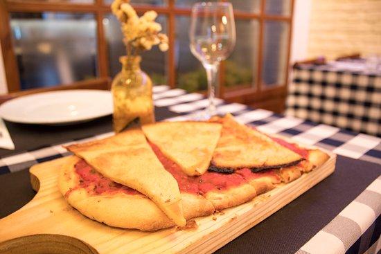 Pizza a caballo - Picture of EL Rincon de Nico, Blanes - Tripadvisor