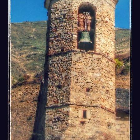 Artiés, España: Precioso campanario