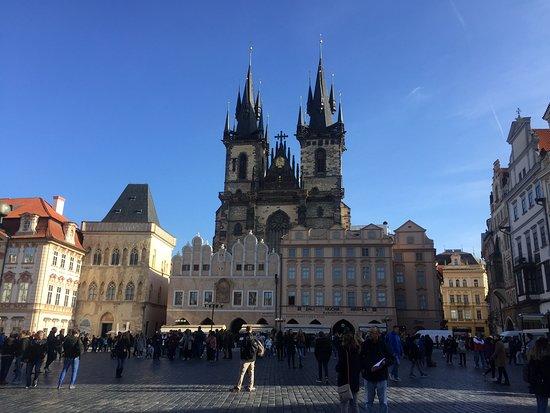 100S Prague Tours