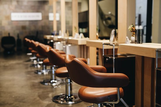 OVM Lifestyle Salon & Store: OVM welcomes you to the next level salon experience. OVM focus on creating the best environment for the professionals and on providing the best customer service for the clients.