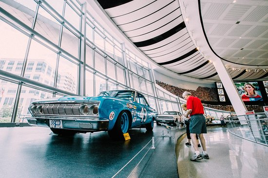 NASCAR Hall of Fame - Racing Insiders Tour
