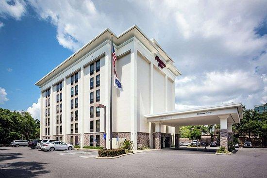 Hampton Inn Tampa International Airport / Westshore Hotel