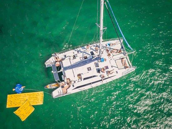 Sydney DreamBoats