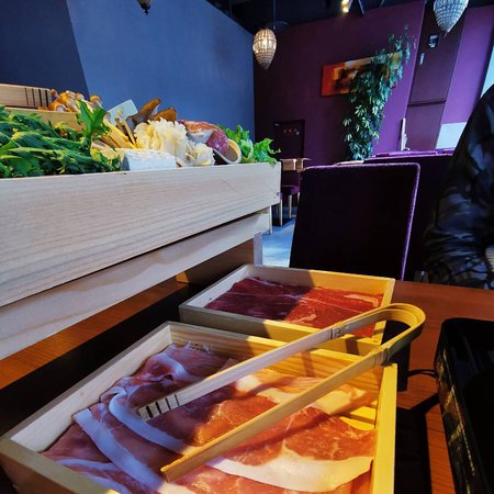 - Shabu Shabu - Nice Restaurant  Nice Staff Nice Food All You Can Eat vs Course
