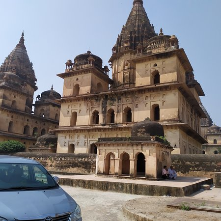 Madhya Pradesh, India: The temple at Orchha.