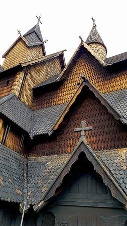 Les toitures et tuiles en bois