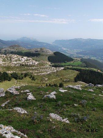 Montes de Guriezo vistas desde la ermita de las nieves