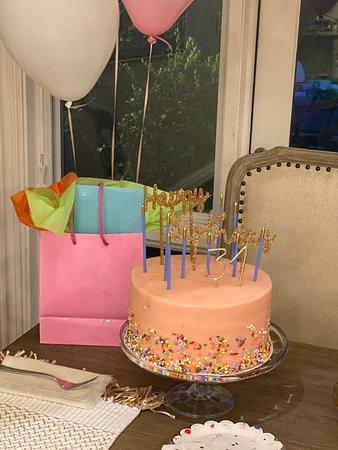 Sensational Funfetti Birthday Cake Picture Of Susiecakes Dallas Tripadvisor Funny Birthday Cards Online Alyptdamsfinfo