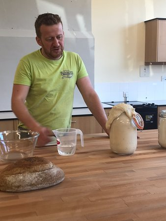 Sourdough breadmaking course