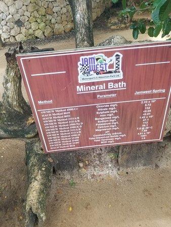 Minerals bath