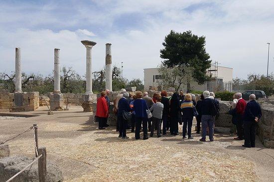 Tango Renato-visite guidate a Canosa di Puglia