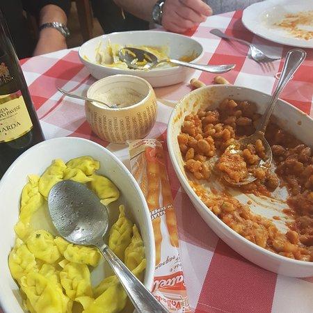 Codevilla, Италия: Pissarei e faso, ravioli di zucca, tortelli di magro. Agriturismo Casarini