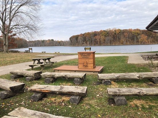 Albion, IN: Enjoy the trails around the Lakes
