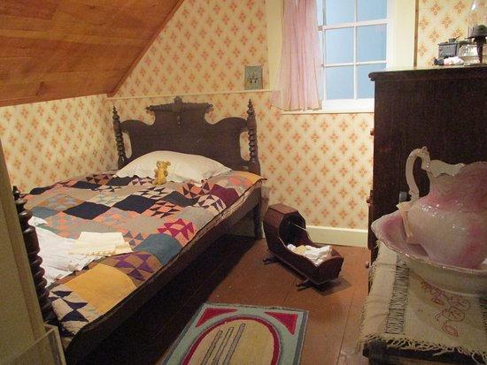 Rosemont, Canada: Rooms in house from 1880's