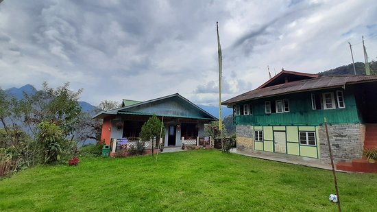 Entrance - Mangan Photo