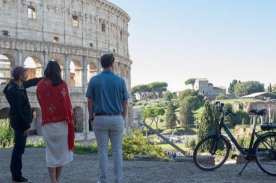 Tour di e-bike romano di 4 ore di un