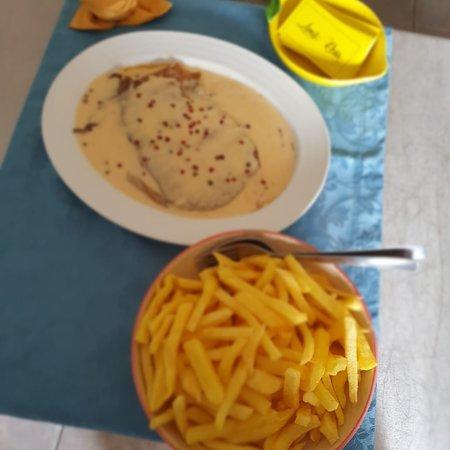 Barro, Portugalia: Bife 3 Pimentas