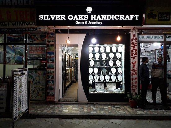 Silver Oaks Handicraft