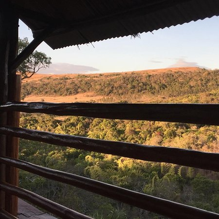 Antsiranana Province, Madagaskar: Vista dalla nostra camera al Black Lemur Lodge, molto bello.