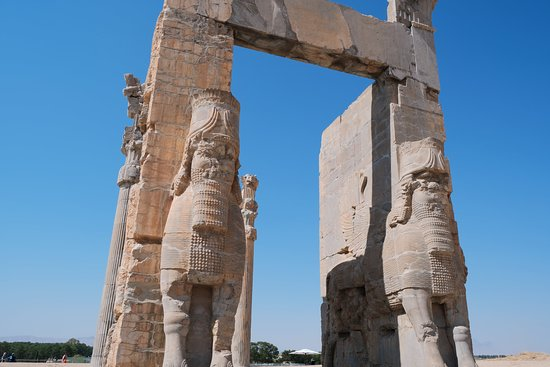 Persepolis The Main Gates From Inside Picture Of Step To Iran Tehran Tripadvisor