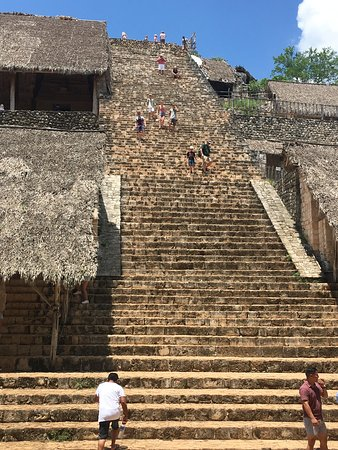 Flavio's Tours: Pyramid climb