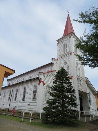 Tsuruoka Roman Catholic Church: 天主堂全景